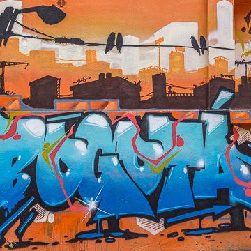 Bogota – połączyć Justina Biebera, street art, przemoc i solidarność w jednej historii